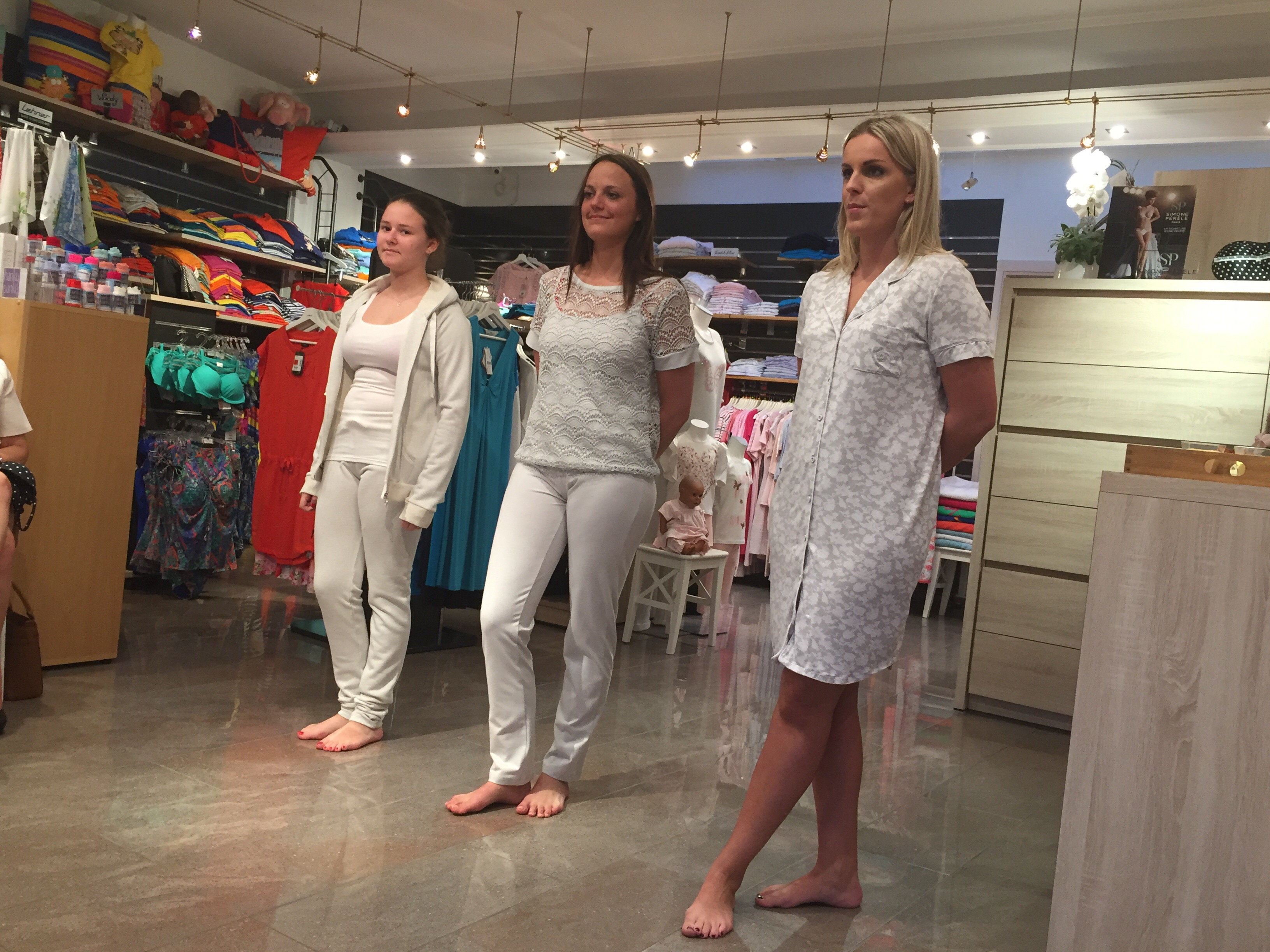 ladies night bij De Wael Textiel - pyjama's